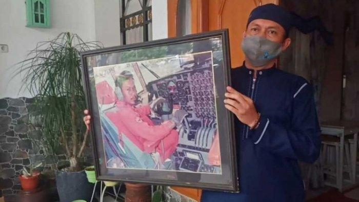 Bak Mukjizat, Jasad Pilot SJ 182 Ketemu saat Keluarga Ikhlas, Kondisi Istri-Anak Capt Afwan Terkuak