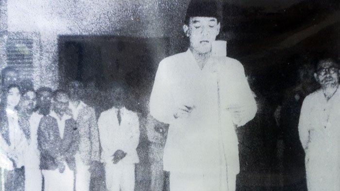 Sejarah, Rumor Serta Kisah Unik dari Mikrofon yang Digunakan Soekarno Membaca Proklamasi Kemerdekaan