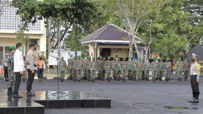 Gelar Apel Pasukan Operasi Ketupat Semeru 2021, Kapolres Sampang Tekankan Protokol Kesehatan