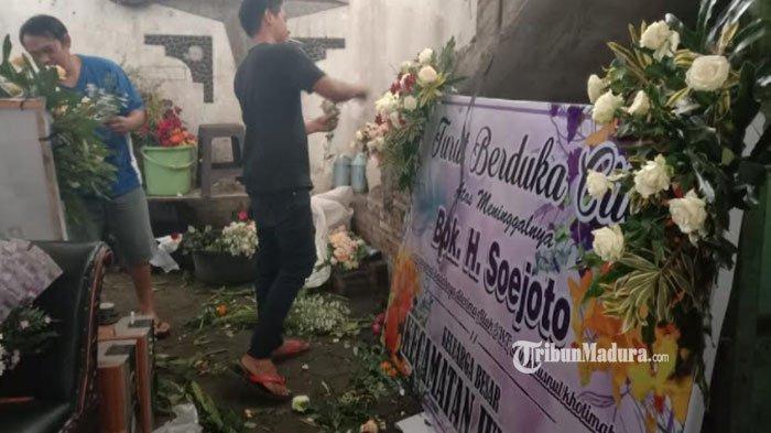 Banjir Permintaan Karangan Bunga pada Masa Pandemi Covid-19, Pengrajin di Kota Batu Sampai Kewalahan