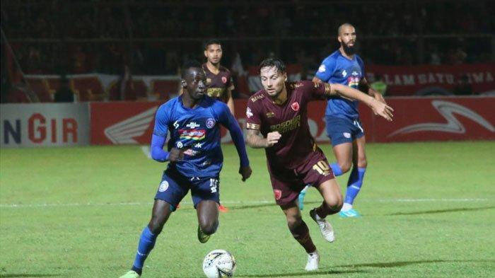 Arema FC Kalah Telak, Milomir Seslija Akui Tak Pernah Lihat Timnya Main Seburuk KontraPSM Makassar