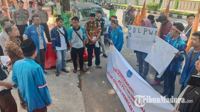 PMII Tuban Gelar Aksi Dukungan untuk KPU di Hari Kebangkitan Nasional dan Tolak Aksi People Power