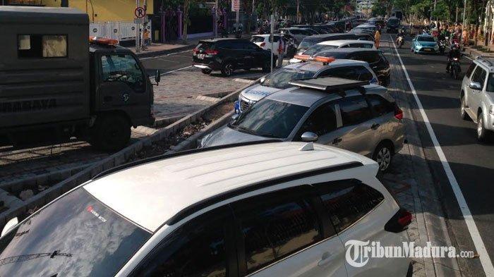 Kota Surabaya Punya Lahan Parkir di Tengah Jalan Raya, Inovasi Agar Tak Mengganggu Pejalan kaki