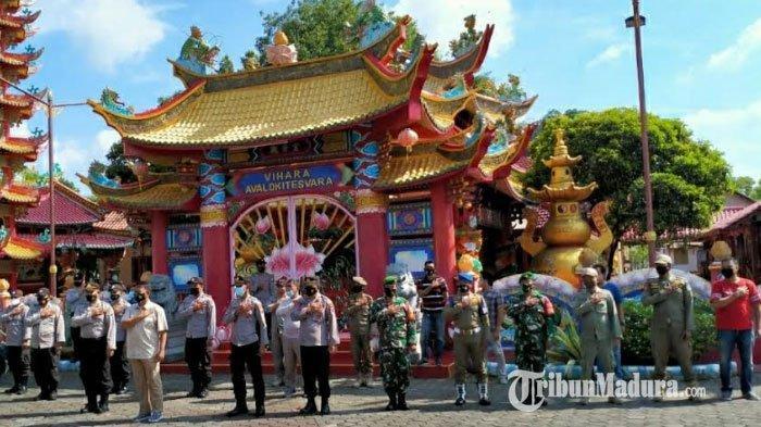 Vihara Avalokitesvara Pamekasan Dijaga Ketat Polisi, Pantau Pelaksanaan Ibadah dan Perayaan Imlek