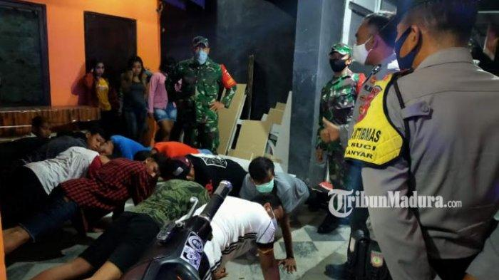 Belasan Remaja Gresik Asyik Main Biliar Ramai-ramai di Warung Kopi, Langgar Jam Malam PSBB
