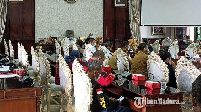 Pembatasan Kegiatan Masyarakat di Surabaya, Mal & Pusat Perbelanjaan Dibatasi hingga Pukul 20.00 WIB