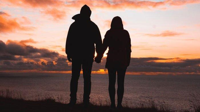 Ramalan Zodiak Cinta Minggu 1 Agustus 2021, Taurus Melampiaskan Amarah pada Pasangan, Virgo Canggung