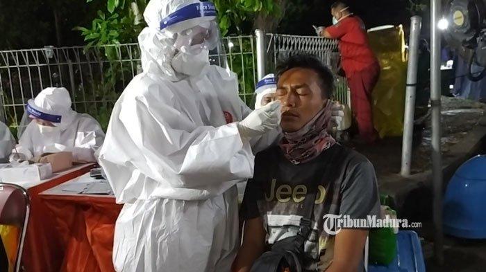 477 KTP Ditinggal di Pos Penyekatan Suramadu, Pemilik Kabur Karena Tak Mau Jalani Tes Kesehatan