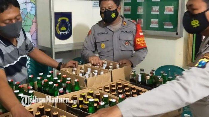 Warung Jual Minuman Keras Dirazia Polres Gresik, Polisi Amankan Miras Oplosan Hingga Arak