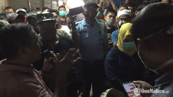 BPB Linmas Surabaya Akan Bantu Penutupan Pasar Kapasan Surabaya, yang Ditutup karena Covid-19