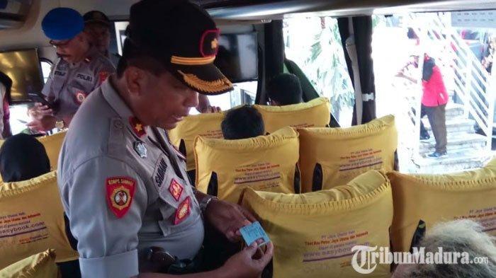 Polisi Gelar Razia Penumpang di Terminal Purabaya Jelang Hari PelantikanJokowi-Maruf Amin