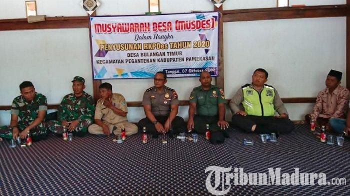 Gelar Rembuk Stunting di Pedesaan Pamekasan, Polisi & Tentara Duduk Bareng Aparat Desa: Ini Hasilnya