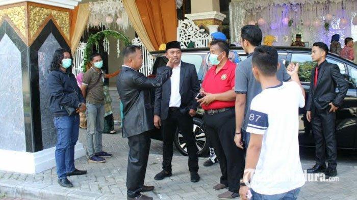 BREAKING NEWS - Polisi Bubarkan Resepsi Pernikahan di Tengah Virus Corona, Perkara Izin Jadi Sebab