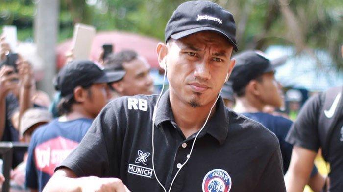 Terungkap PenyebabRifaldi Bawuoh Hengkang dari Arema FC, Padahal sudah Dua Musim Bela Singo Edan