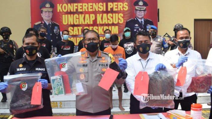 Pelaku Pembunuhan Siswa SMP Sidoarjo Jerat Leher Korban Pakai Sarung, Dada Korban Ditahan Pakai Kaki