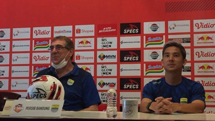 Arema FC VsPersib Bandung,Robert Rene Alberts Berharap Insiden Teror Musim Lalu Tak Terulang