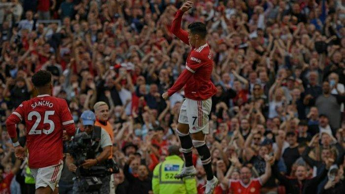 Jalani Debut, Cristiano Ronaldo Menggila Dengan Cetak Dua Gol Untuk Manchester United