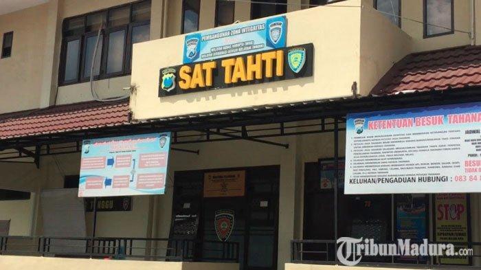 4 TahananPolresta Malang Kota Pakai Gergaji untuk Kabur, Pelaku Akui Dapat Alat dariKiriman Roti