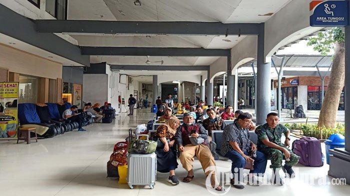 Imbas Banjir di Jakarta, Total Ada 5 Kereta Api Relasi Jakarta-Surabaya Terlambat Berangkat