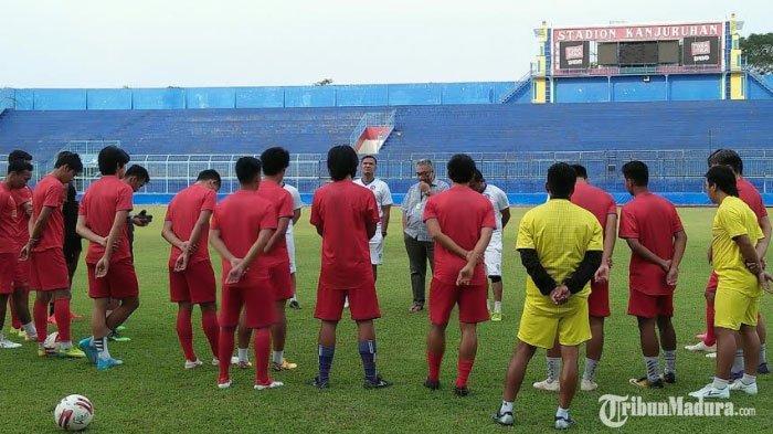 Kompetisi Liga Indonesia Mandek Tanpa Kepastian, Manajemen Arema FC : Jadi Masalah Baru