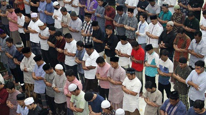 Teks Bilal Salat Tarawih Ramadan 20 Rakaat, ada Doa Kamilin atau Doa Setelah Tarawih, Mudah Dibaca