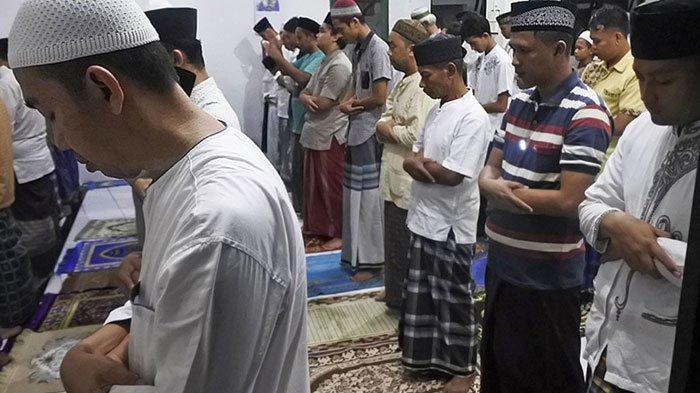 Bacaan Bilal Salat Tarawih Ramadan, Dilengkapi Doa Kamilin atau Doa Usai Salat Tarawih, Mudah Dibaca