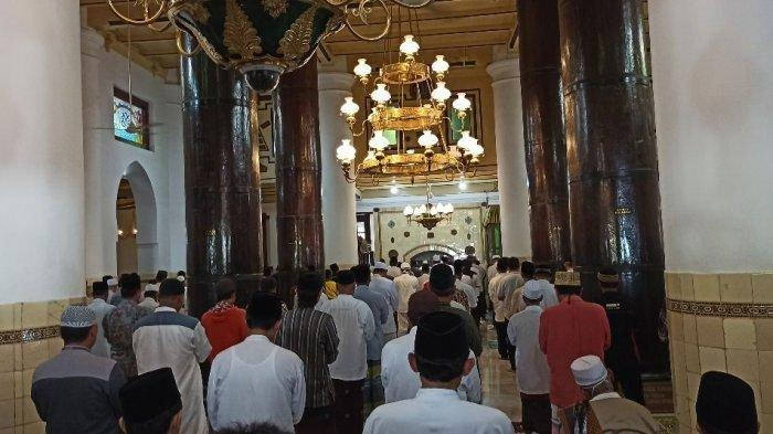 Bacaan Doa Kamilin atau Doa Setelah Salat Tarawih Ramadan dan Bacaan Doa Salat Witir, Mudah Dibaca