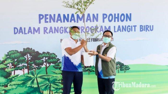 Kolaborasi Pertamina Bersama Pemkab Pamekasan Sukseskan Program Langit Biru, Tanam 600 Bibit Pohon