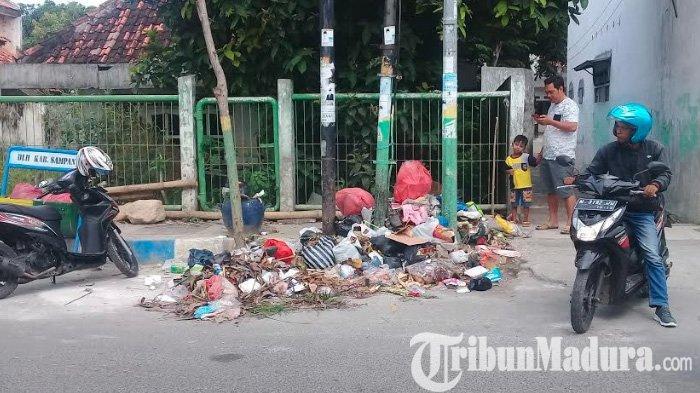Buang Sampah Sembarangan diDesa Panempan Pamekasan, Warga Bisa Didenda Uang hingga Dihukum