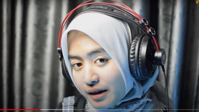 Download Lagu MP3 Sampek Tuwek Denny Caknan Cover WoroWidowati, Lagu Populer, Lengkap Video Musik