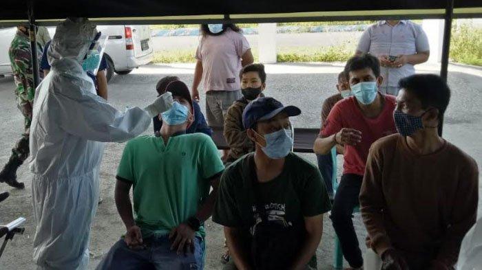 Mobil Angkut Rombongan Orang Tua Santri Dicegat di Pamekasan, Sopir Asal Bangkalan Positif Covid-19
