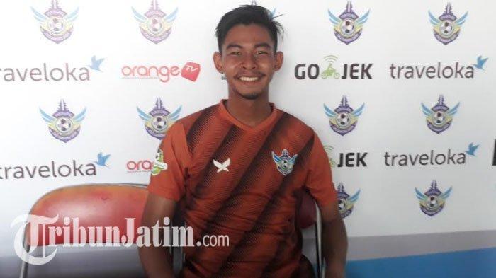 Tolak Tawaran Dua Tim, Satria Tama Sang Kiper Andalan Tetap Pilih Madura United