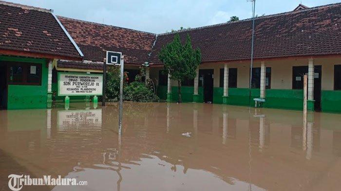 Banyak Daerah Jatim DIterjang Banjir, Kepala Dinas Pertanian Sesumbar Produksi Beras Tak Terpengaruh
