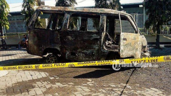 Mobil Terbakar di SPBU Karangketug Kota Pasuruan, Polisi Menduga Kebakaran Dipicu Korsleting Listrik