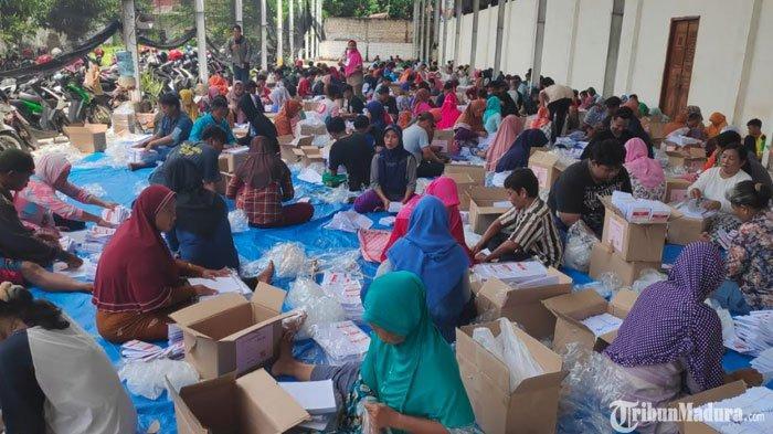 KPU Tuban Pastikan Sudah Terima Semua Sisa Surat Suara yang Kurang untuk Pemilu 2019