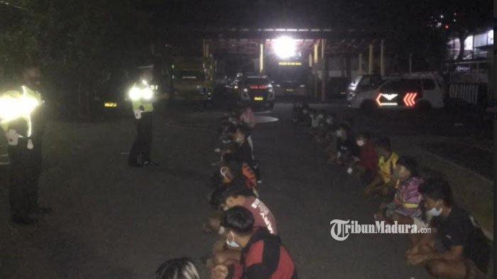 Lokasi Balap Liar di Kota Blitar Dibubarkan Polisi, Amankan 52 Pengendara Motor, Pelaku Dapat Sanksi