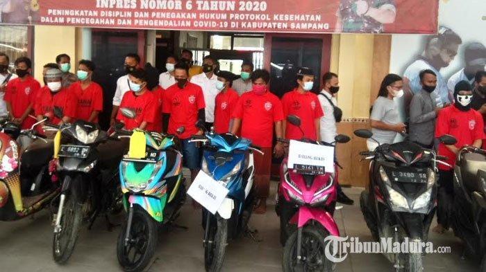 Dalam Dua Bulan, Polres Sampang Ringkus 9 Pelaku Curanmor Bermodus Incar Sepeda Motor yang Terparkir