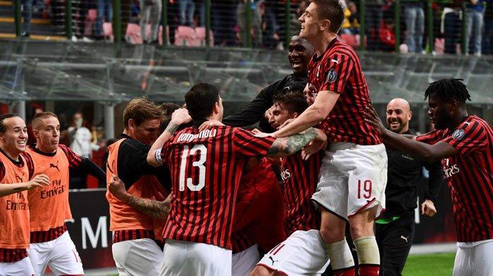 AC Milan Tampak Kesulitan Salip Inter Milan, Jika Scudetto Pupus AC Milan Hampa Musim ini