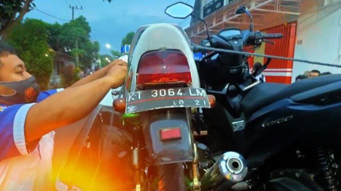Berhasrat Dahului Pikap, Pengendara Motor Terlibat Kecelakaan di Tulungagung, Tabrak Motor Lain