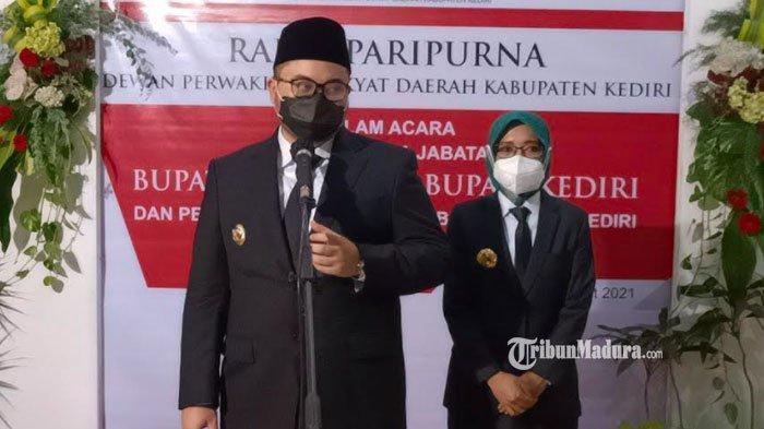 Sertijab Bupati Kediri Hanindhito Himawan, Gubernur Khofifah Optimistis Kabupaten Kediri Lebih Maju