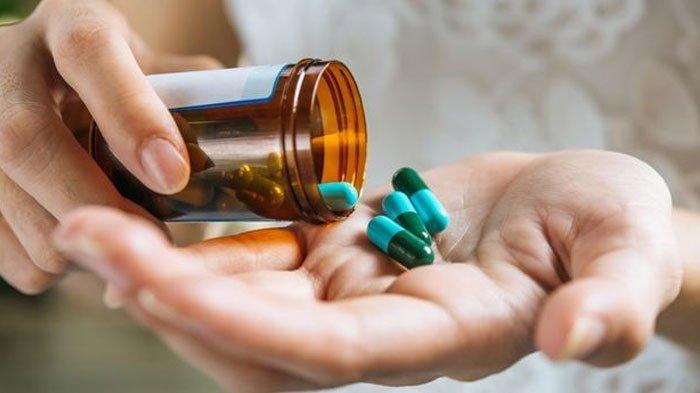 Merasakan Gejala Covid-19? Siapkan Obat dan Vitamin ini Selama Isolasi Mandiri di Rumah