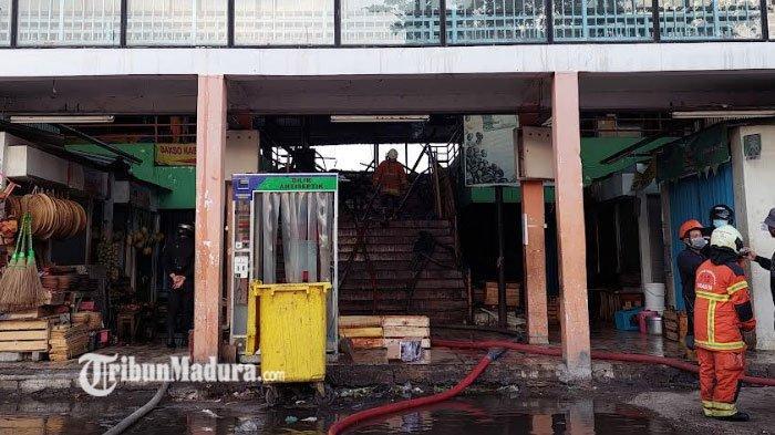 Puluhan Kios Ludes Akibat Kebakaran di Pasar Kembang Surabaya, Petugas Sebut Tak ada Korban Jiwa