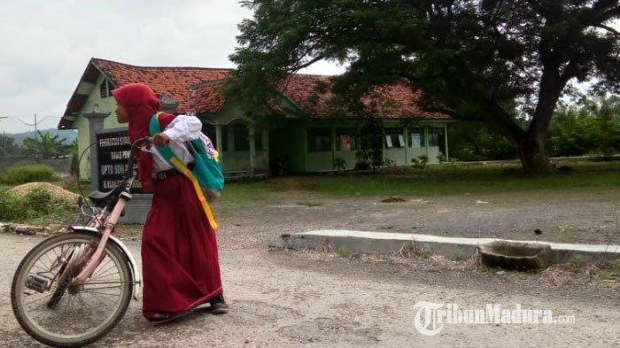 Gedung SDN Majangan 1 Jrengik Kabupaten Sampang Nyaris Ambruk, Dinas Pendidikan Segera Tinjau Lokasi