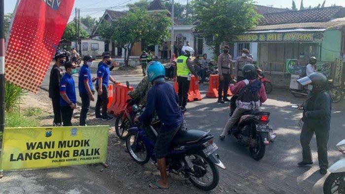 3.443 Kendaraan Diminta Putar Balik di Pos Penyekatan Kandangan & Pos Pam Mengkreng Kabupaten Kediri