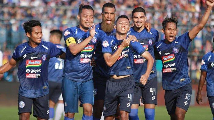 Arema FC Paceklik Kemenangan 4 Laga, Pelatih Milomir Lakukan Hal Tak Terduga Jelang Lawan Persebaya
