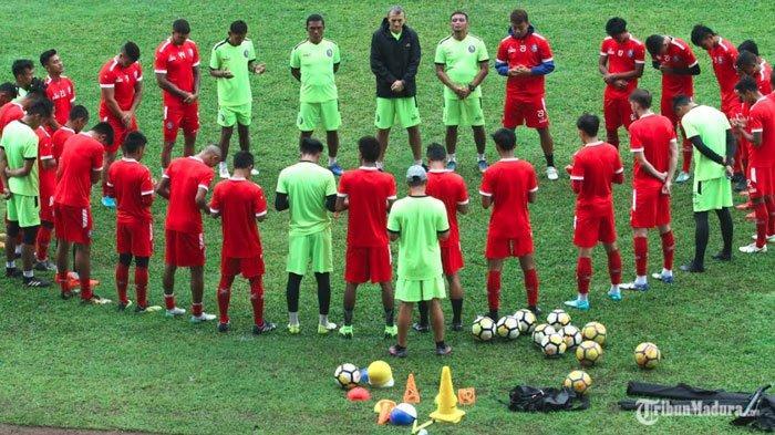 Bocoran Susunan Tim Pelatih Arema FC Liga 1 Musim Depan, Ada Asisten yang Siap Dilepas Manajemen