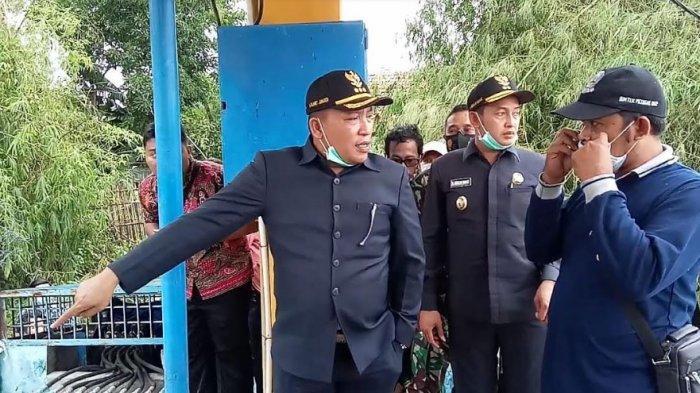 Detik-Detik Bupati Sampang Slamet Junaidi Sidak, Telepon Sekda Provinsi Jatim Minta Dua Pompa Banjir
