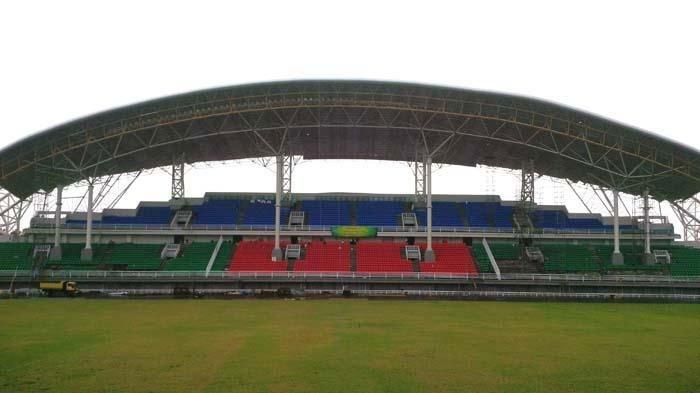 Sebelum Kampanye Akbar Jokowi Dimulai, Stadion Jember Sport Garden SempatDiguyur Hujan
