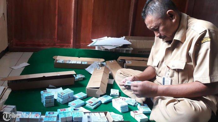 Alat Perekaman E-KTP di 14 Kecamatan di Kabupaten Sampang Rusak, Usia dan Biaya Jadi Kendalanya
