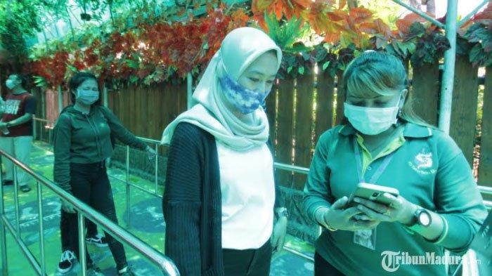 Libur Tahun Baru, Kebun Binatang Surabaya (KBS) Diserbu Ribuan Wisawatan dari Dalam dan Luar Kota